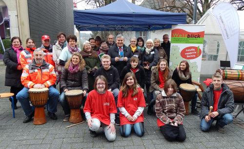 Einige Vereine und Institutionen präsentierten ihre ehrenamtliche Arbeit in der Gummersbacher Fußgängerzone und führten zahlreiche gute Gespräche. (Foto: OBK)